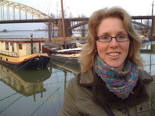 Rianne bij Waalbrug Nijmegen