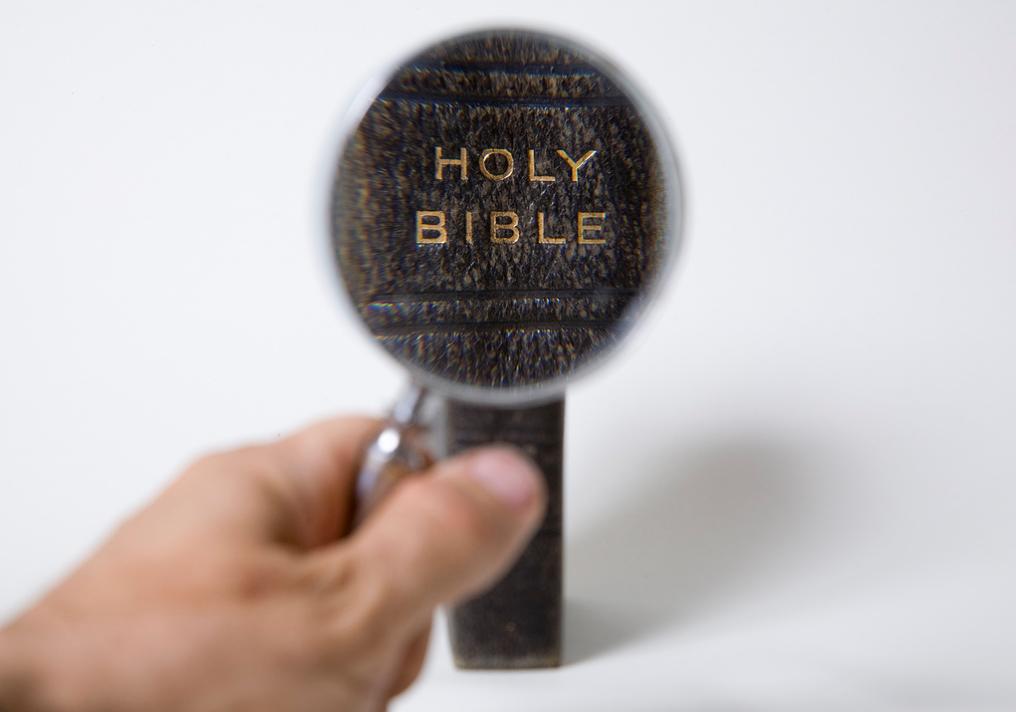 bijbel vergrootglas