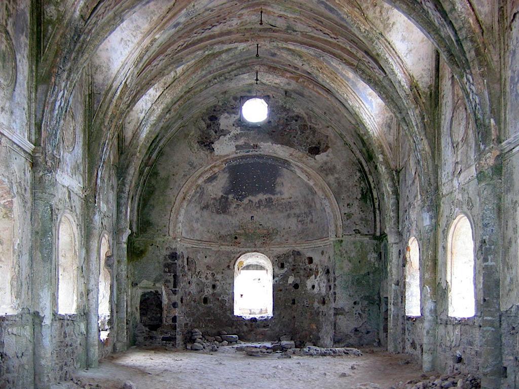 Kerk in spookstad Kayaköy