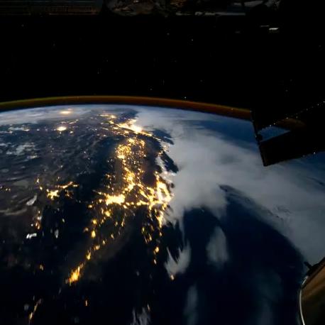 Vlieg over planeet aarde