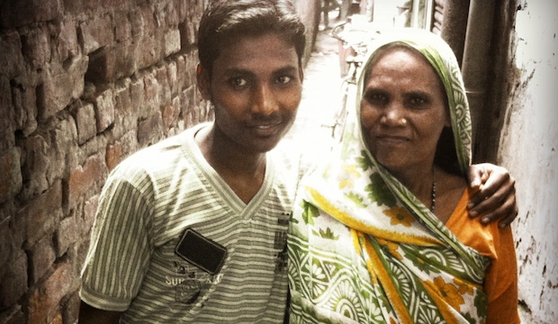 Rajesh en zijn moeder