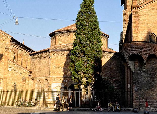 Basilica del Santo Sephano (Bologna)