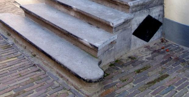 trap voordeur
