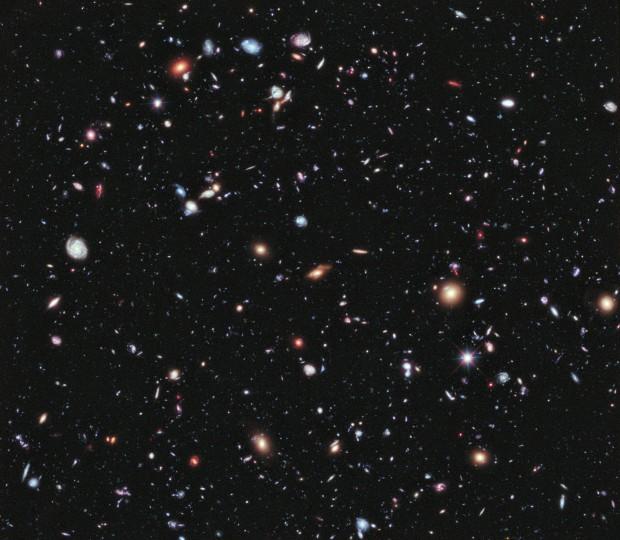 10 jaar foto's van de Hubble zijn hier gecombineerd.