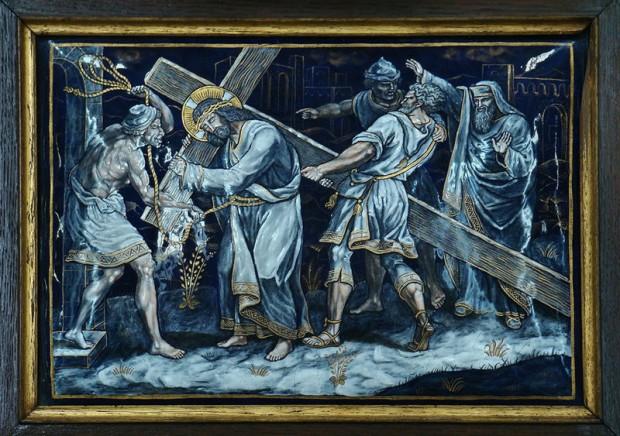 5: Simon van Cyrene helpt Jezus om het kruis te dragen
