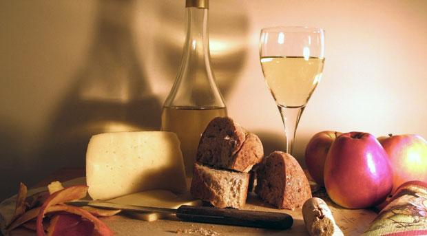wijn brood kaas