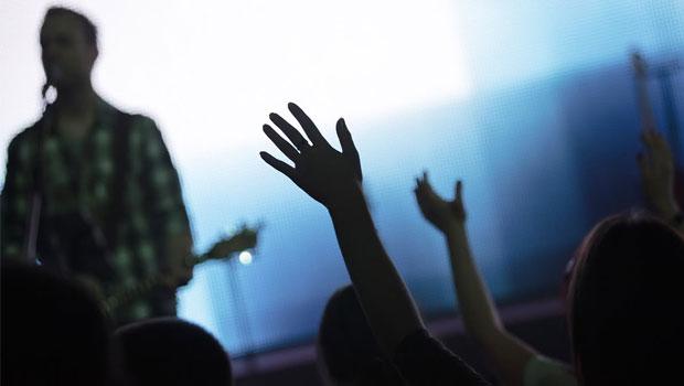 rockband in de kerk