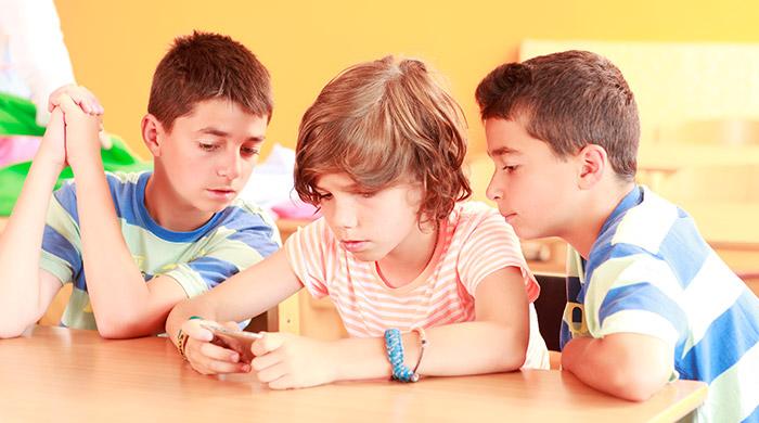 smartphone in de klas