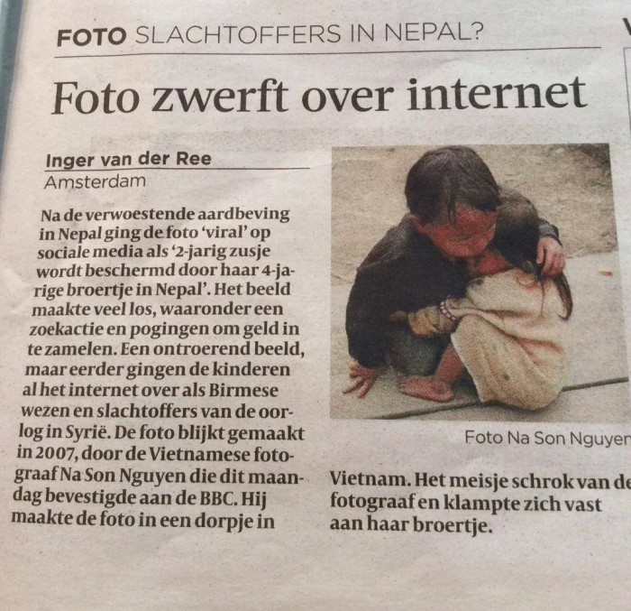 Foto zwerft over internet