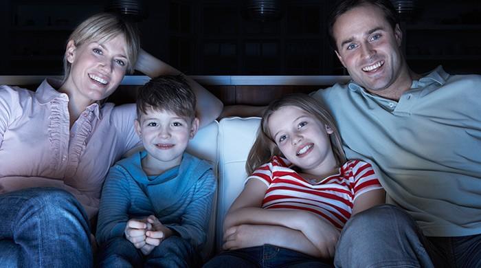 Film kijken met gezin