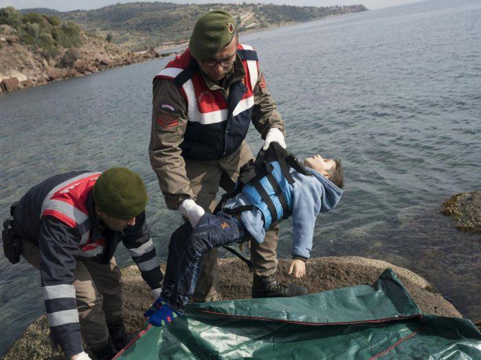 Verdronken vluchtelingen kind Middellandse Zee