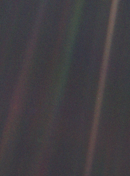 Pale Blue Dot - original image Voyager / Nasa