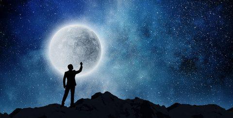 man in de sterrennacht
