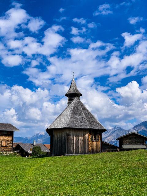 Houten kerk van Obermutten